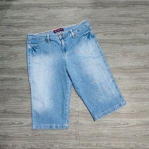 🌴 Gloria Vanderbilt Denim Bermuda Shorts